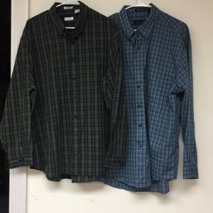 Van Heusen Lot of 2 Button Down Shirts Size XL